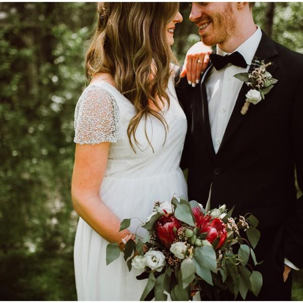 Cielo's Garden Steinbach Wedding, Rachel + Jon